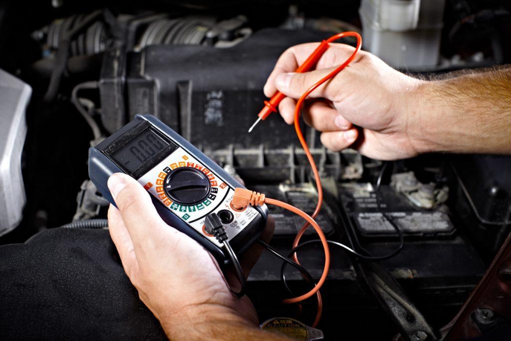 automobilio elektrikas